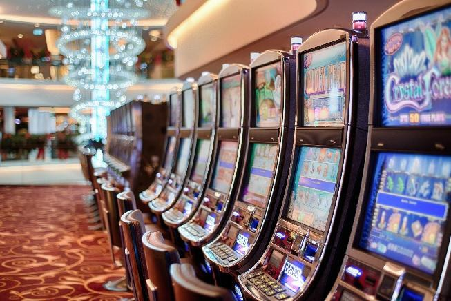 Knowing How The Online Gambling Industry Continues To Change is key to making great decisions on investing in it in the future