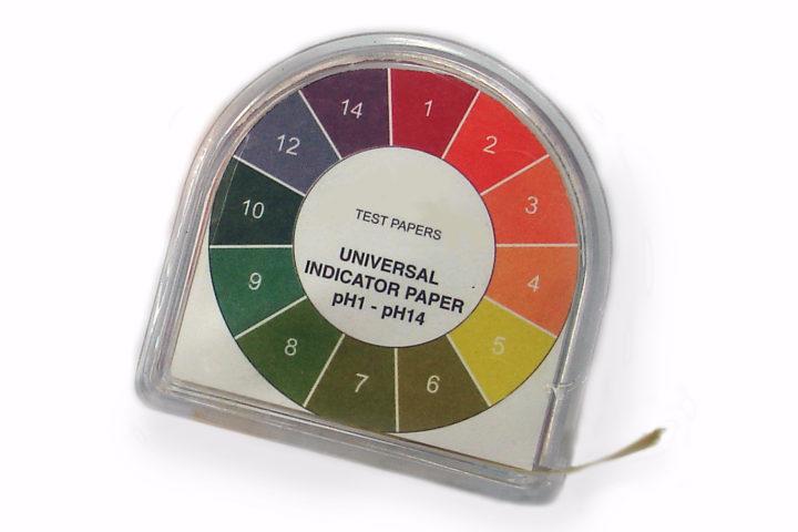 Universal_indicator_paper