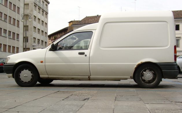 Ford_Courier